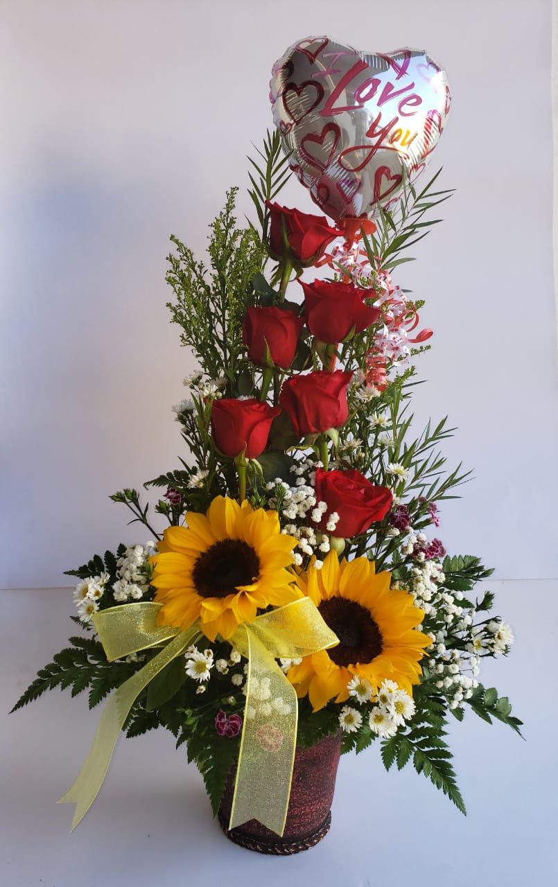 A2 Arreglo Floral 8 Flores Y Globo